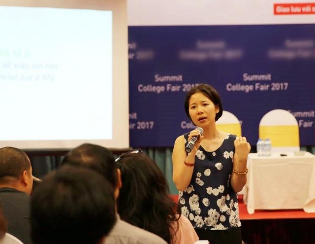 Diễn giả Trần Phương Hoa (cựu sinh viên ĐH Middlebury, Mỹ).