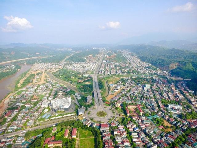 Đại lộ Trần Hưng Đạo – Dự án do Nam Tiến Lào Cai thi công xây dựng năm 2004