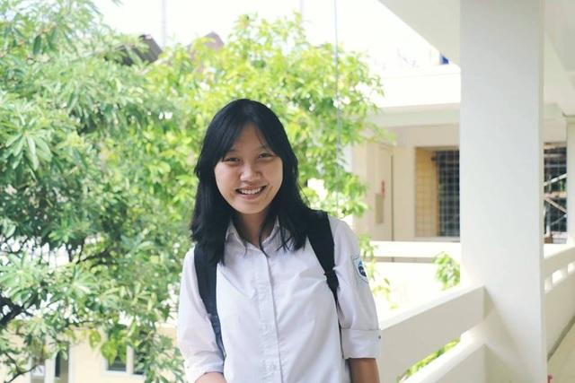 Nữ sinh Hòa Bình Phạm Hà Vi giành học bổng toàn phần UWC tại Singapore.