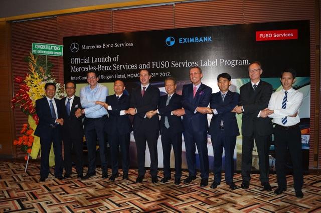 Mercedes-Benz và FUSO ra mắt Dịch vụ Tài chính Daimler cùng Eximbank - 1