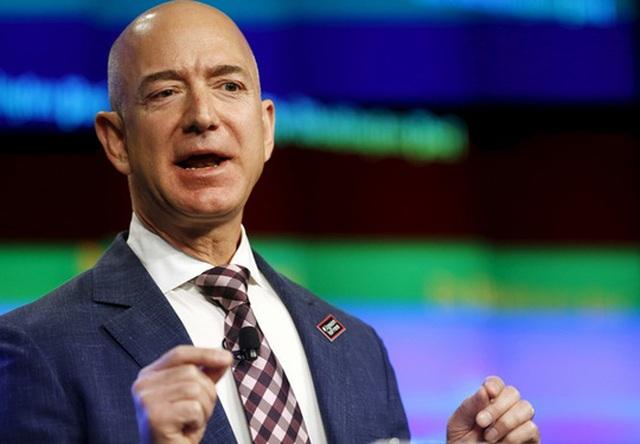 Ông Jeff Bezos. Ảnh: Reuters