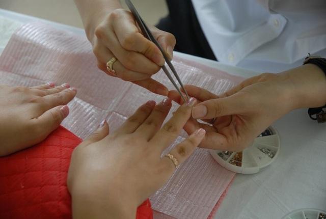 Một salon làm móng của người Việt tại Mỹ. (Nguồn: Next Shark)