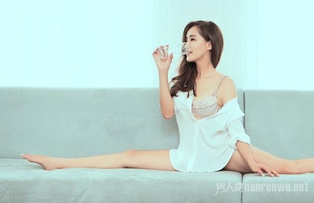 Chết mê vẻ nóng bỏng của 2 đả nữ thế hệ mới Trung Quốc - 2