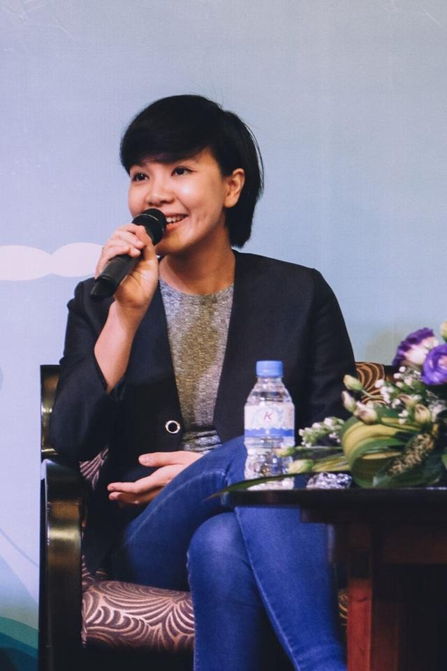 Chị Võ Thị Minh An, Giám đốc tuyển dụng nhân tài của Ngân hàng Techcombank, chia sẻ về thời gian khủng hoảng ấy của mình khi chị bị sốc tâm lý và rơi vào trầm cảm sau khi về nước tìm việc