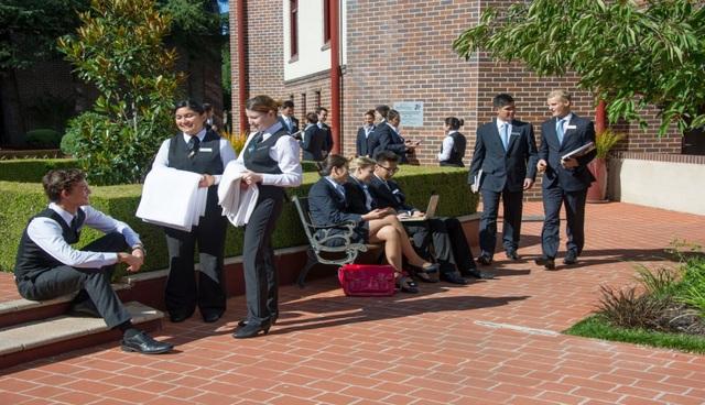 Hội thảo trường Blue Mountains: Khai trương khu học xá Melbourne - 1