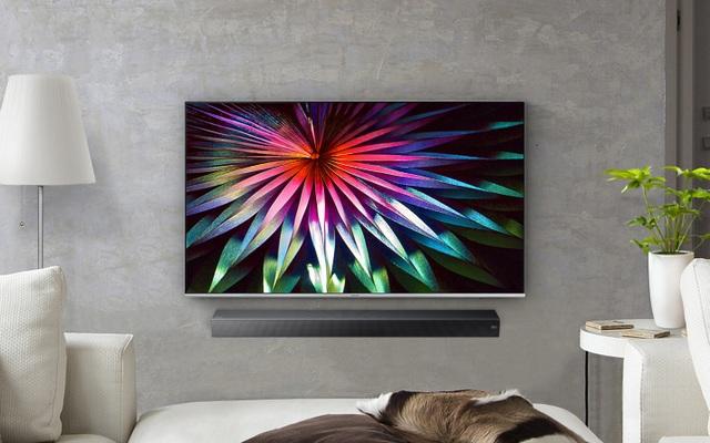 TV màn hình mỏng, kích thước vừa phải khoảng 49 – 55 inch là thiết bị phổ biến trong không gian giải trí tại gia hiện đại