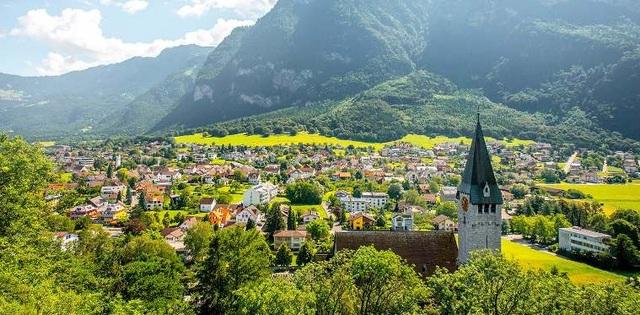 7 đất nước xinh đẹp nhưng ít khách du lịch nhất thế giới - 1