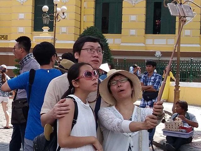 Khách Trung Quốc đến du lịch Việt Nam ngày càng nhiều