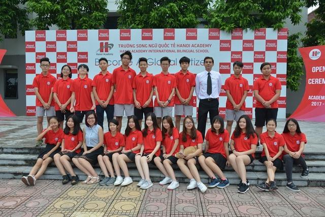 Học sinh trường Hanoi Academy trong ngày khai giảng năm học mới.