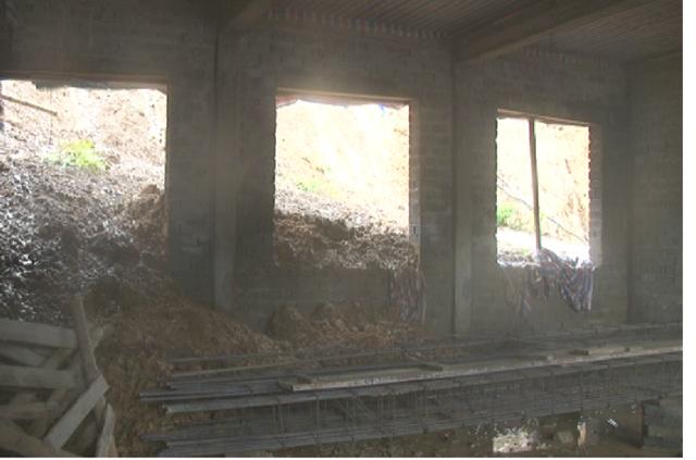 Một số trường học tại huyện Quan Sơn (Thanh Hóa) bị sạt lở đất vùi lấp. (Ảnh: Duy Tuyên)