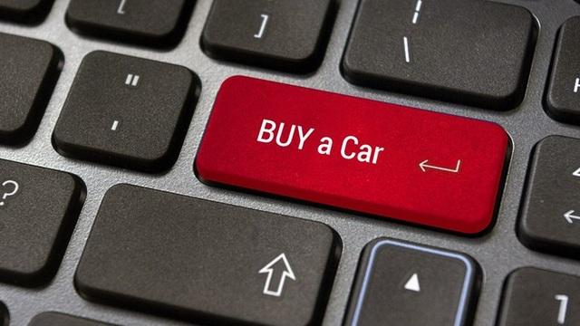 Khách hàng cần kiểm tra thực tế xe trước khi xuống tiền mua