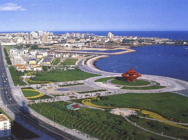 Phú Quốc đang chuyển mình trở thành đặc khu kinh tế và du lịch nghỉ dưỡng xứng tầm quốc tế.