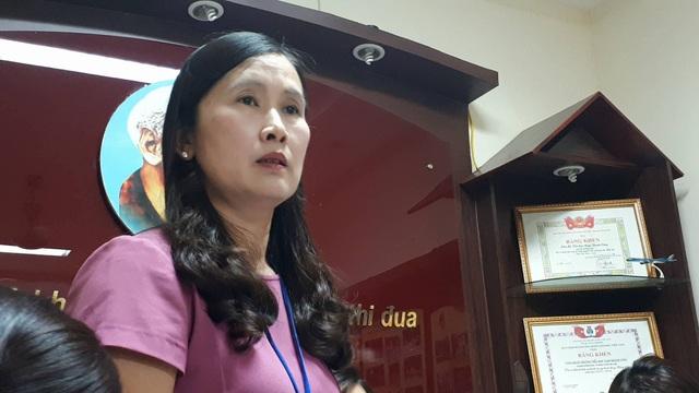 Bà Phan Kim Anh, Hiệu trưởng nhà trường trong buổi trao đổi với báo chí chiều 26/10.