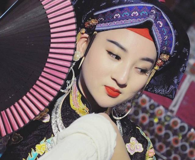 Cô đồng trẻ và niềm đam mê với Di sản Văn hóa phi vật thể thứ 11 của Việt Nam - 2