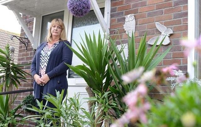 Paula đã mất trắng căn nhà vào tay con trai Ashley