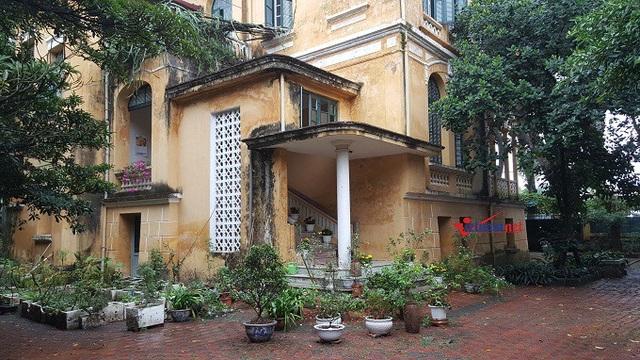 Một góc căn biệt thự số 34 Hoàng Diệu, nơi cụ Hoàng Thị Minh Hồ trút hơi thở cuối cùng. Ảnh: Diệu Bình