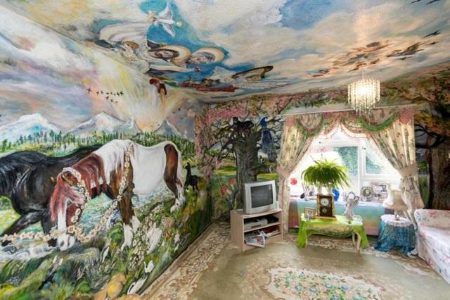 Phòng khách ấn tượng trong ngôi nhà của cụ bà 70 tuổi