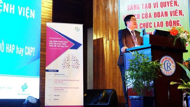 PGS.TS.BS. Trần Văn Ngọc phát biểu khai mạc trong hội thảo