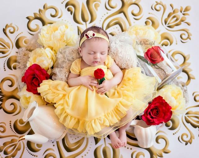 """Công chúa Belle trong bộ phim """"Người đẹp và quái vật"""""""