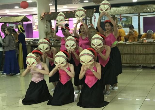 Rực rỡ Festival thức ăn đường phố Việt tại Nga - 11