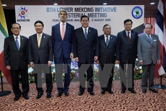 Phó Thủ tướng, Bộ trưởng Bộ Ngoại giao Việt Nam Phạm Bình Minh dự Cuộc họp Nhóm Công tác về Sáng kiến Khu vực Mekong tại Kuala Lumpur (Malaysia), ngày 5/8/2015. (Ảnh: Tư liệu TTXVN)