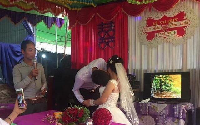 Vì quá cao, chú rể cũng gặp khó khăn khi hôn cô dâu (Ảnh minh họa: IT)
