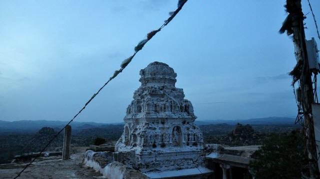Bí ẩn bên trong thành phố của vua và các vị thần ở Ấn Độ - 13