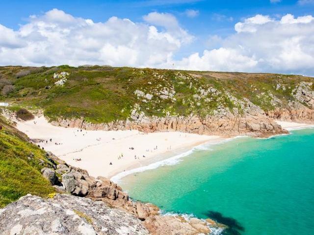 Lên danh sách khám phá 13 bãi biển đẹp nhất trong năm 2018 - 13