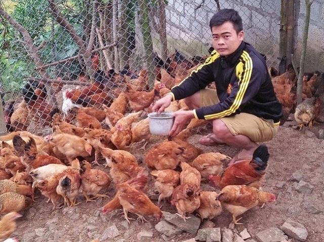 Làm giàu ở nông thôn: Cử nhân người Nùng về quê nuôi giun quế - 5