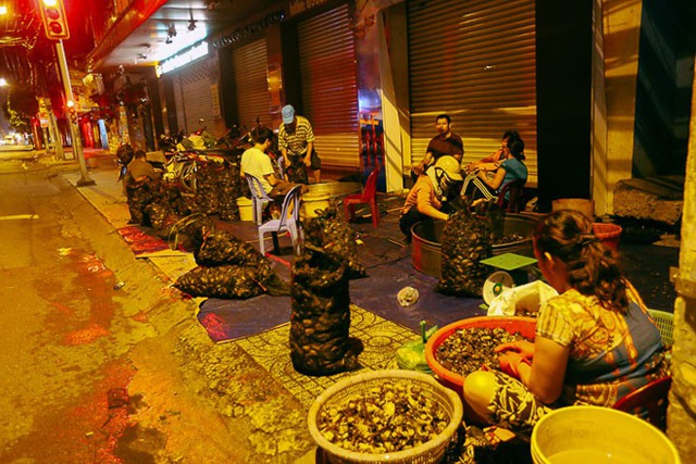 """TP HCM: Chợ """"độc"""" gần nửa thế kỷ chỉ bán một mặt hàng lúc nửa đêm - 5"""