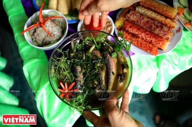 Món canh cá Mát sông Giăng ngon nổi tiếng ở vùng Con Cuông.