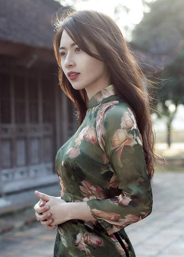 Hình ảnh xinh đẹp của Minh Phương trước khi lên xe hoa.