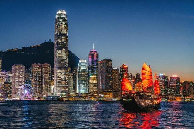 Hong Kong (Trung Quốc) là điểm đến với du khách cao nhất năm nay là 25.7 triệu người.