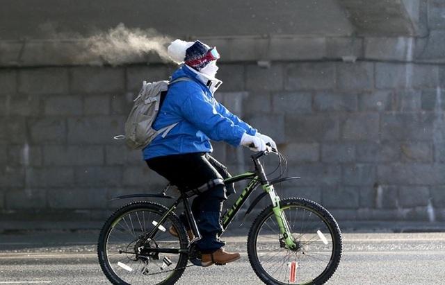 Độc đáo cuộc diễu hành xe đạp dưới trời lạnh âm 28 độ C - 3
