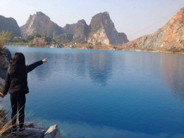 Hồ nước này nhanh chóng trở thành điểm chụp ảnh lý tưởng cho nhiều bạn trẻ.