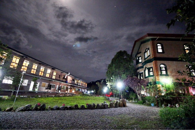 """""""Con muốn tới Baguio học tiếng Anh"""" - 2"""