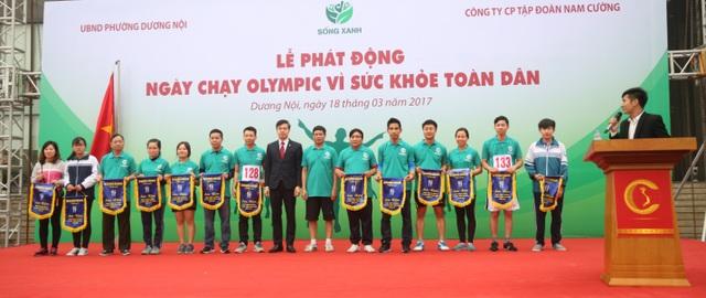 Hơn 1.000 người tham gia giải chạy tại Khu đô thị Dương Nội - 2