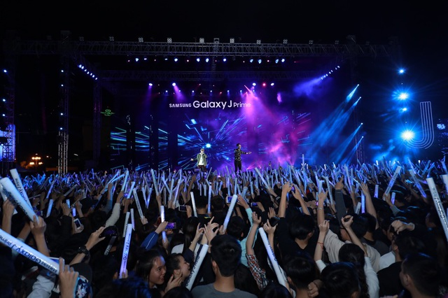 Isaac, Soobin Hoàng Sơn, Đông Nhi sôi động trong đại tiệc âm nhạc - 2