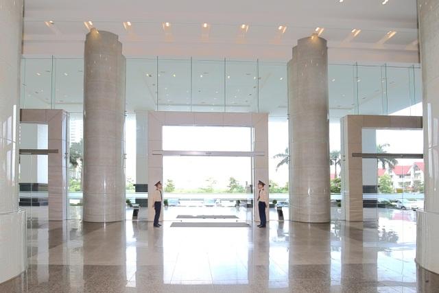 Sảnh chính sang trọng, được thiết kế với không gian mở tại tòa nhà  