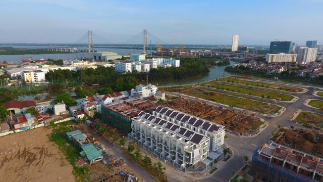 Jamona Golden Silk được cam kết ra sổ hồng trong 3 tháng khi hạ tầng đã hoàn thiện 95% và đảm bảo tiến độ xây dựng.