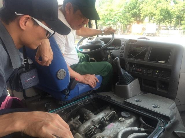 Tài xế đánh giá xe tại địa phương nơi diễn ra chương trình trải nghiệm ROSA