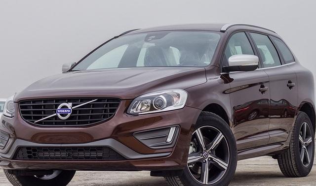Mẫu ô tô đến từ Thụy Điển Volvo XC60 được ưu đãi cả trăm triệu đồng.