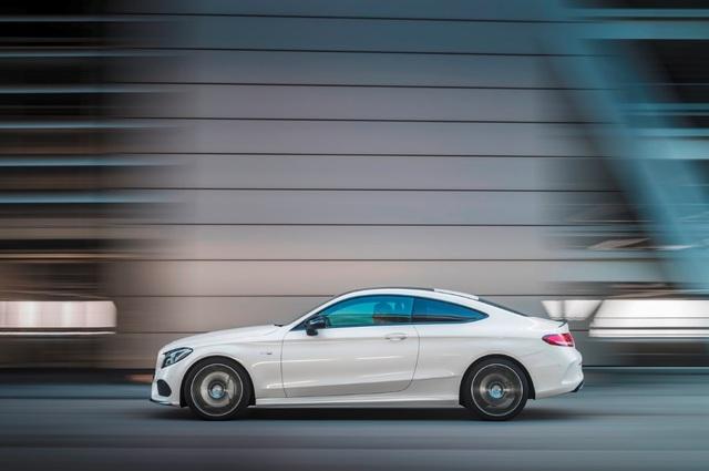 Mercedes-AMG 43 vừa có mức giá vừa phải, vừa phù hợp với điều kiện vận hành tại Việt Nam.