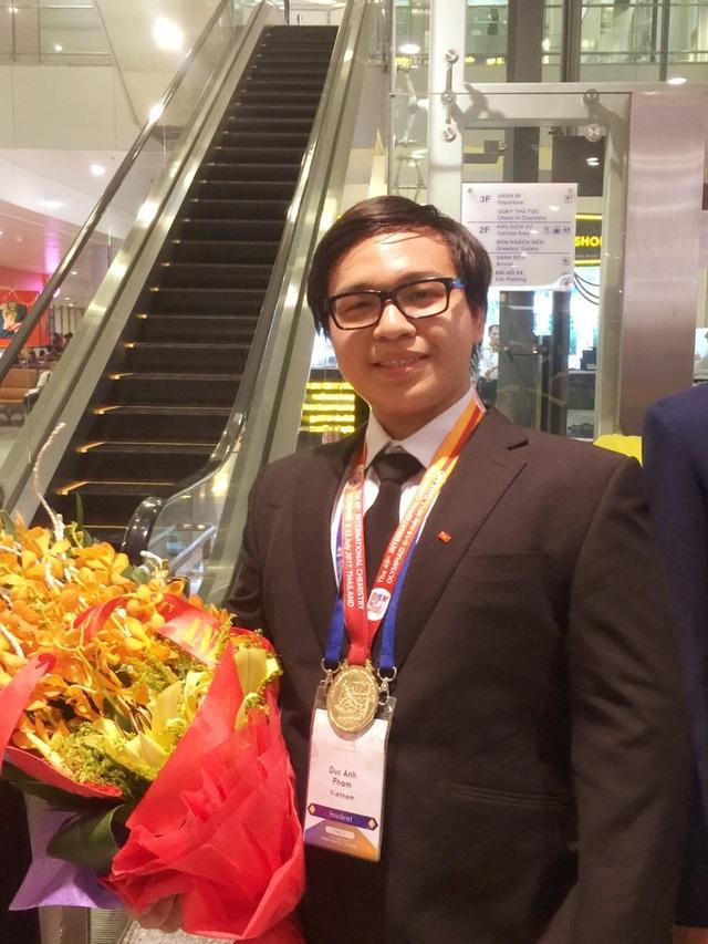 Phạm Đức Anh là một trong 4 thí sinh của đội tuyển Việt Nam giành HCV Olympic Hóa học quốc tế 2017.