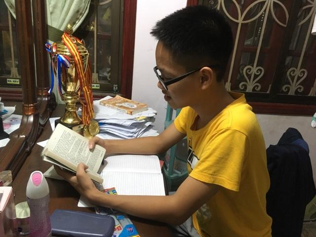 Sở thích đọc sách tiếng Anh của Thắng.