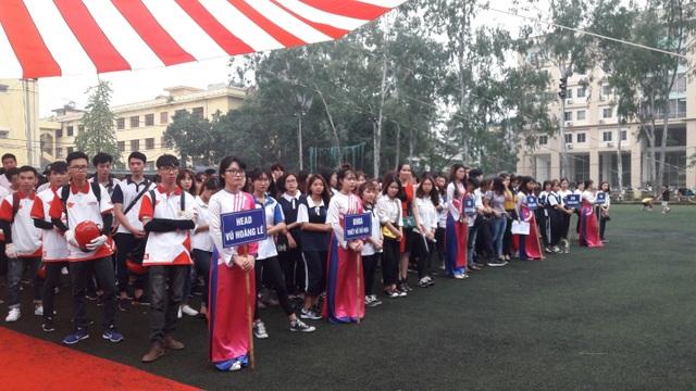Buổi lễ ra quân thu hút hàng nghìn học sinh, sinh viên tham gia