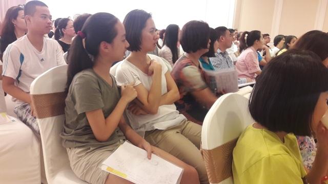 Thực tế tại Việt Nam, có đến 50% sinh viên sau khi ra trường phải lựa chọn công việc không liên quan đến ngành học trước đó.