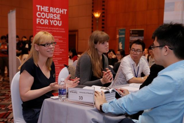 Tư vấn trực tiếp và miễn phí tại triển lãm từ 45 trường Anh Quốc