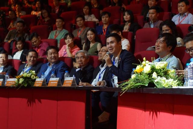 """""""Startup nên tập trung cung cấp và khai thác cho thị trường nội địa"""", ông Phạm Văn Tam, chủ tịch Tập đoàn Asanzo khuyến nghị. Ảnh: Kevin Nguyễn."""