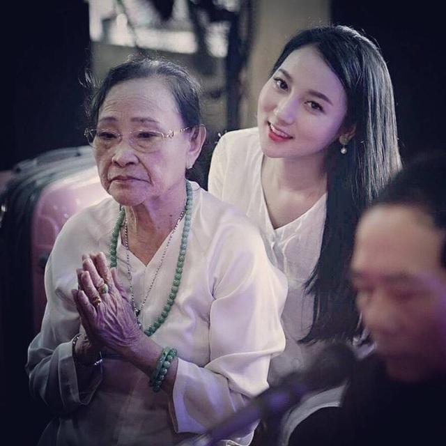 Hà Trang luôn mong muốn xã hội sẽ có cái nhìn khác đối với loại hình văn hoá dân gian này.